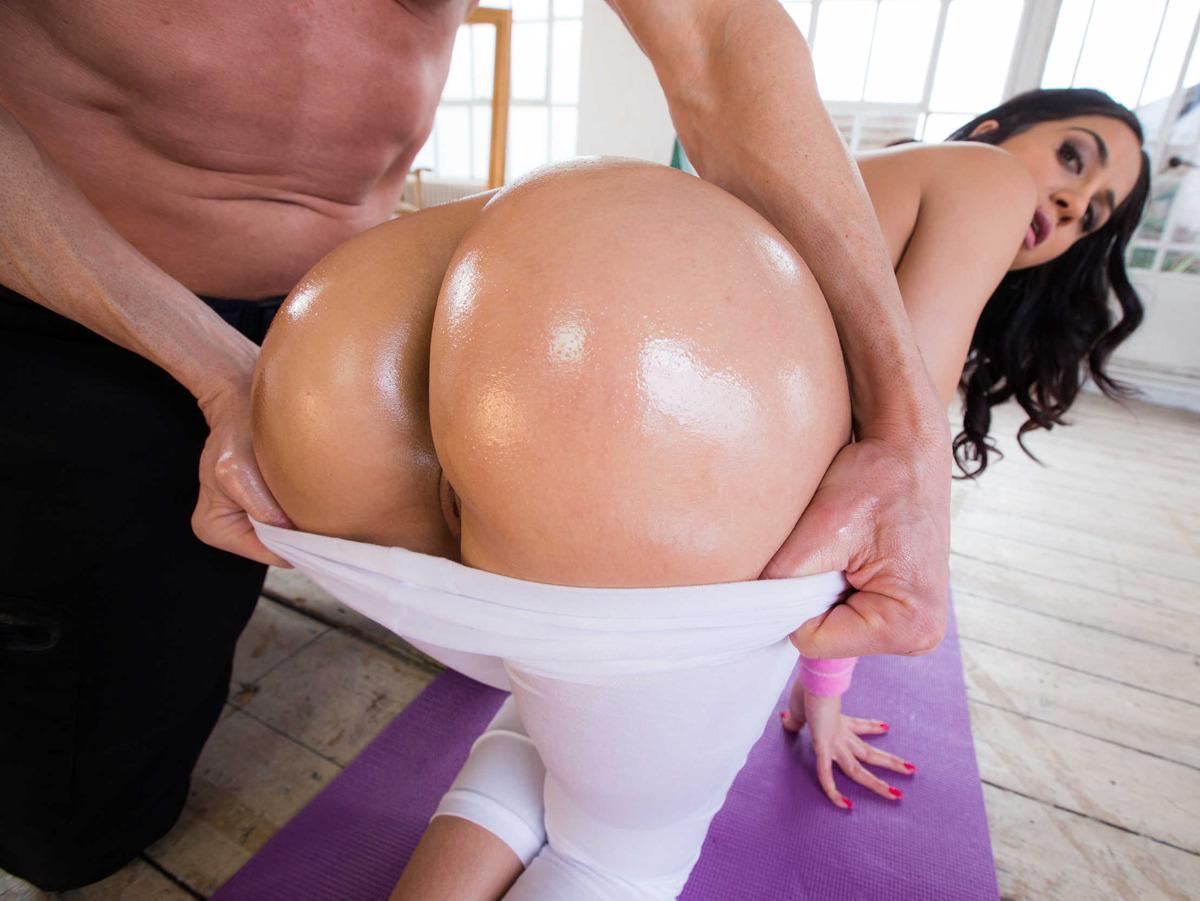 Brazzers - big wet butts - juicy plump ass s