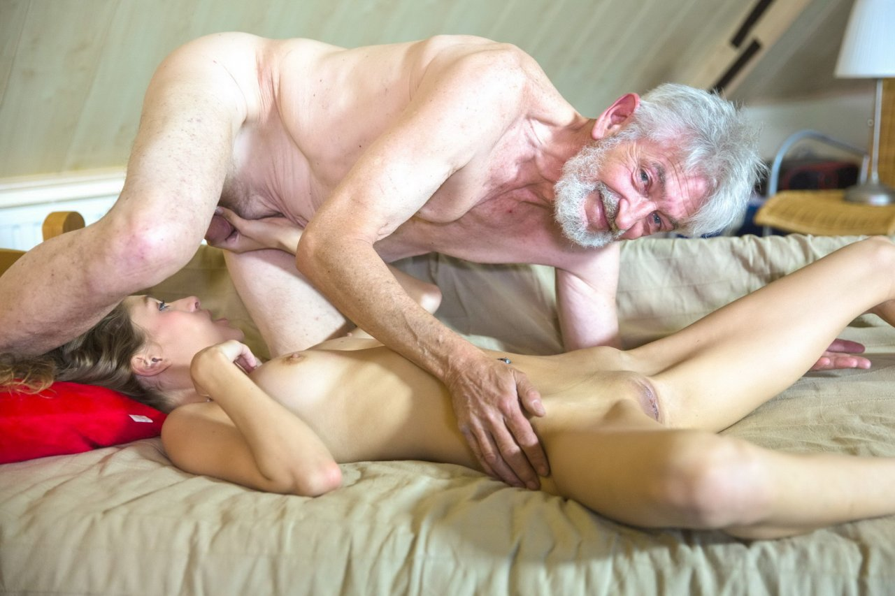 Порно Внучка Ru