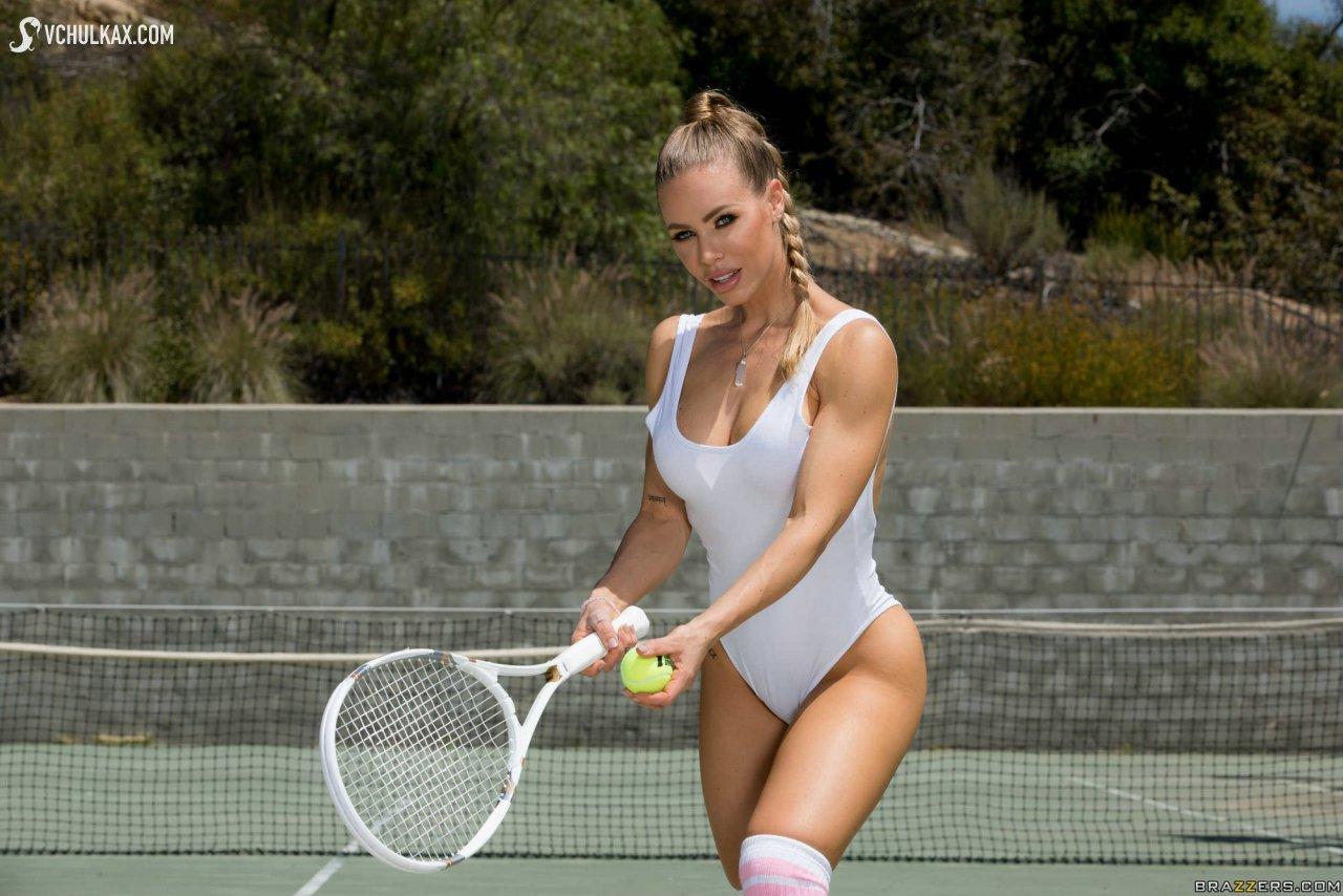 Hot tennis player sucks cock